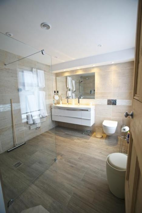 en suite wetroom in Lytham St Annes